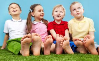 Как правильно лечить мозоль на ноге у ребенка