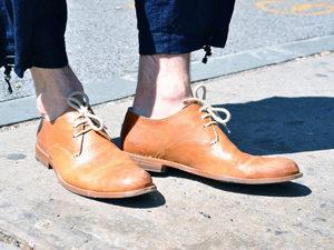 Некачественная обувь - причина появления мозолей