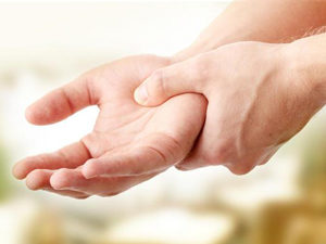 Тремор рук - побочный эффект препарата