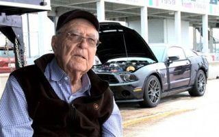 Легендарный Кэрол Шелби умер в возрасте 89 лет