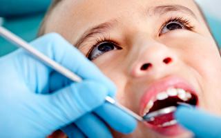 Причины и лечение кариеса у детей