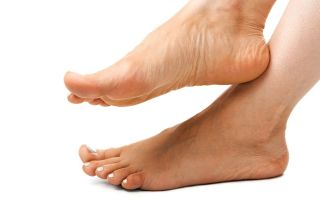 Причины симптомы и лечение бородавки на пятке