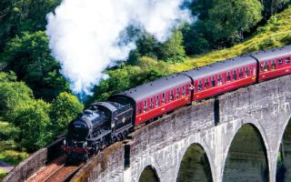 Переваги та недоліки подорожі на поїзді