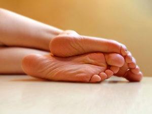 Родинки на стопах ног