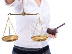 Родинка на носу - способности к адвокатскому делу